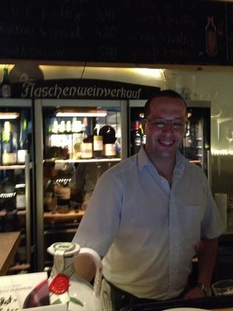 Weinfach Vinothek & Bar : Peter, owner who is extremely knowledgeable and takes the time to discover what you like in wine