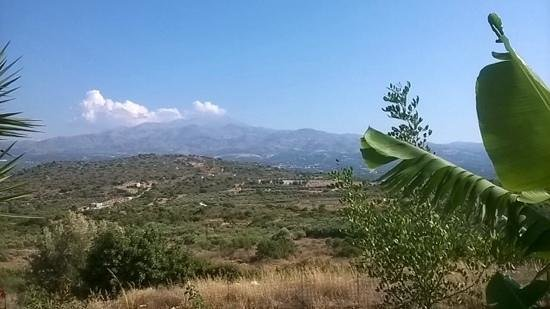 Melidoni X Village: view of the mountains from our villa