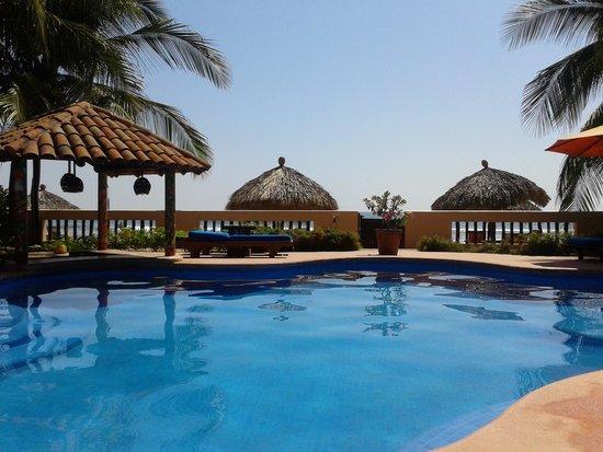 Casa de La Sirena: picture of the main pool