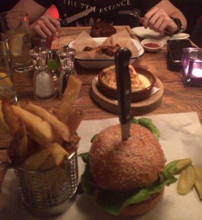 65 & King: Steak+Burger