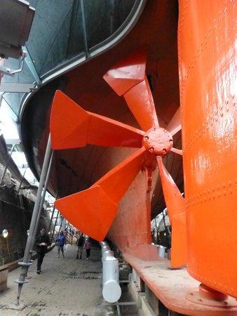 Brunel's SS Great Britain: Propeller