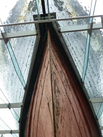 Brunel's ss Great Britain: Below the water