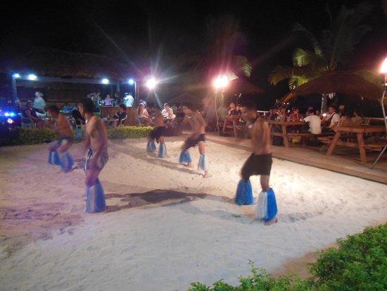 Smugglers Cove Beach Resort & Hotel: Entertainment