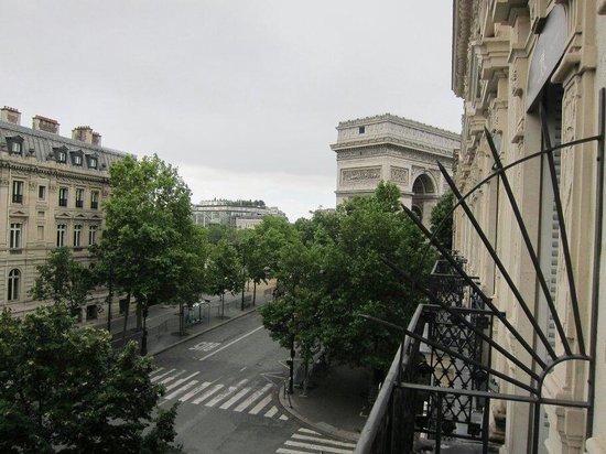Maison Albar Hotel Paris Champs-Elysees: Vistas desde la habitación 301