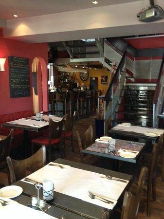 Restaurant Opia : intérieur du resto