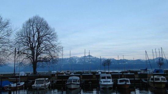 Lac Léman (Lac de Genève) : dusk