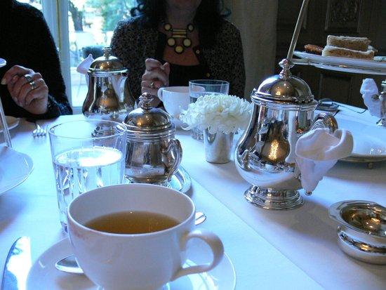 Palacio Duhau - Park Hyatt Buenos Aires: Mesa de té.