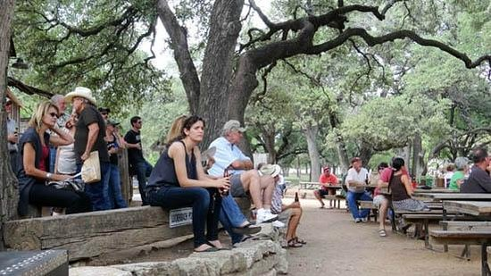 Luckenbach Texas: the audience