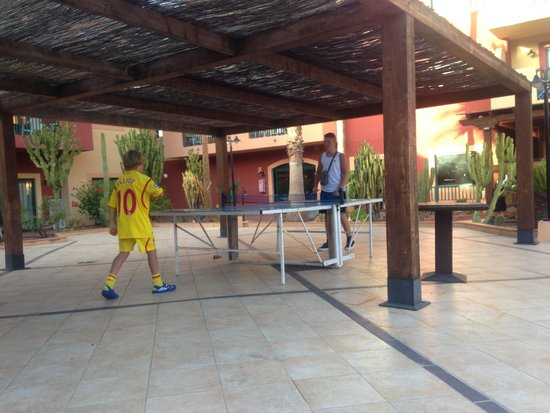 Labranda Aloe Club Resort: Ping pong table - hours of fun