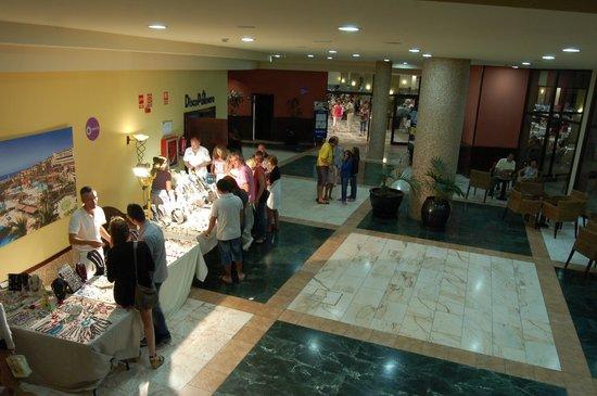 Occidental Jandia Mar : Petit marché dans l'hôtel