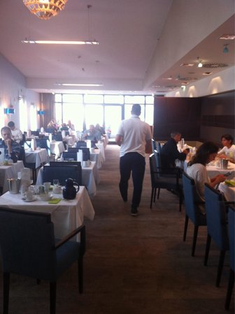 Ramada Innsbruck Tivoli: Zona breakfast