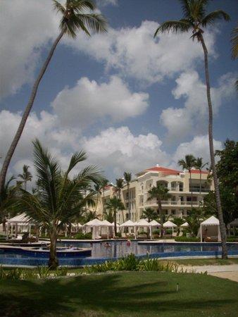 Iberostar Grand Hotel Bavaro: Poolside