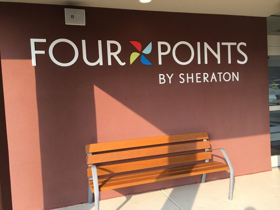 Four Points by Sheraton Charleston: Outside of hotel