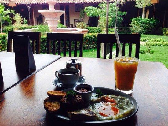Breakfast @ Al Carbon
