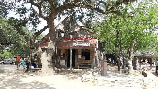 Luckenbach Texas General Store: the general store
