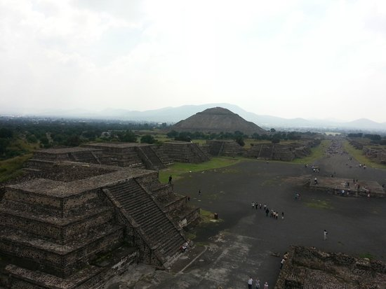 Zona Arqueologica Teotihuacan: Desde la pirámide de la Luna