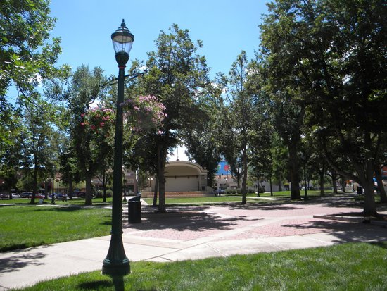 Vintage Style Lamp Post Picture Of Acacia Park Colorado