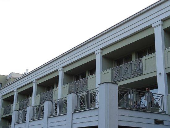Warszawianka Centrum Kongresowe Hotel Wellness & SPA : budynek