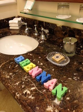 Four Seasons Residence Club Aviara: We were greeted by colorful sponges spelled out my youngest's name. It made his day! ��