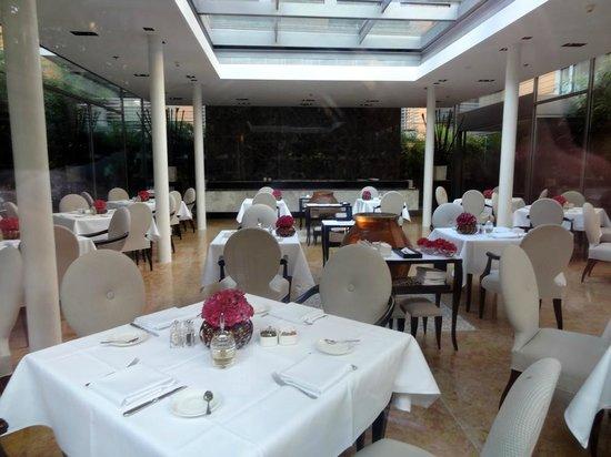 The Mandala Hotel: Salle à manger
