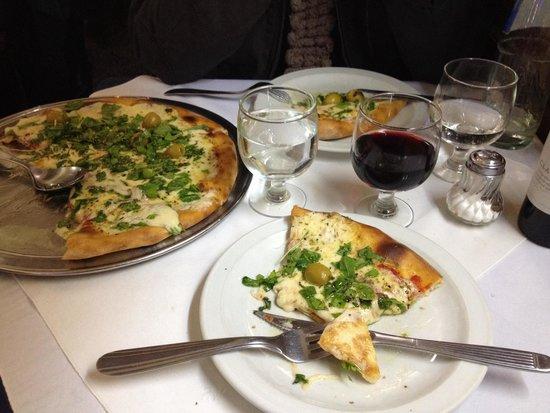 Los Inmortales: Pizza deliciosa!!!