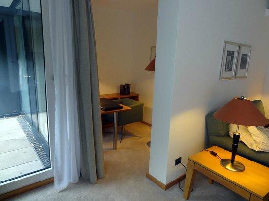 The Mandala Hotel: Partie bureau