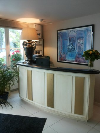 Hotel Champerret Heliopolis: Reception
