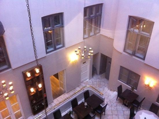Hotel SKT. Annae : corte interna