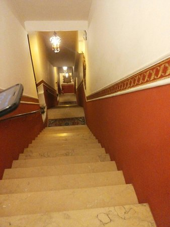 """Antica Locanda Sturion"" Residenza d'Epoca: Scale"