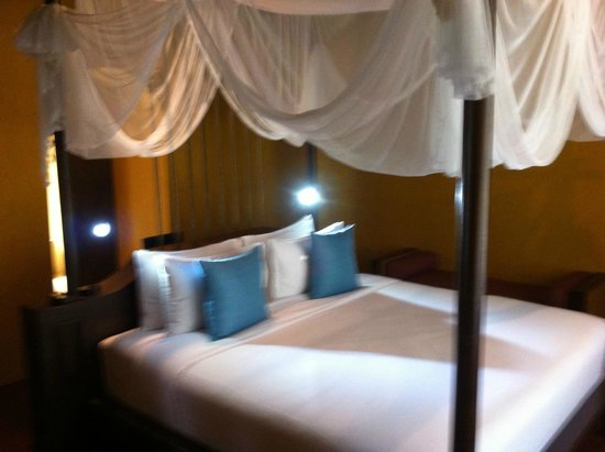 Paradee Resort & Spa Hotel : double bed