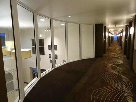 Best Western Plus Miami Airport North Hotel & Suites : Corredor no 2nd floor.