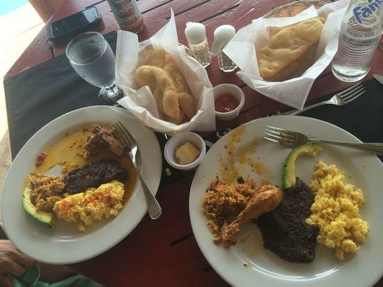 Belizean Dreams: Breakfast