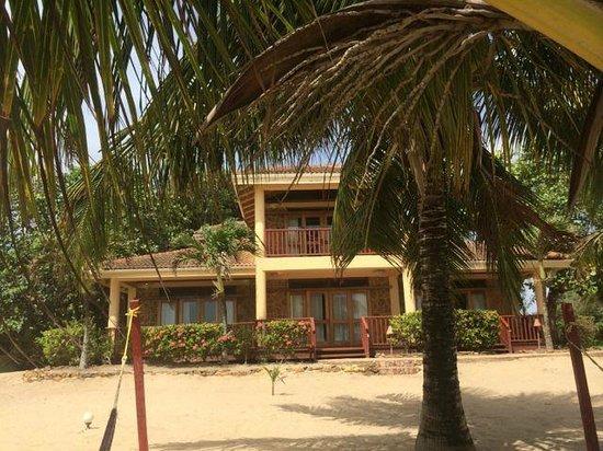 Belizean Dreams: The front of building