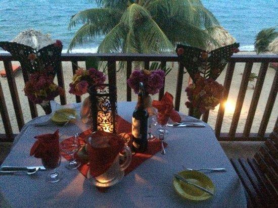 Belizean Dreams: Romantic dinner set up