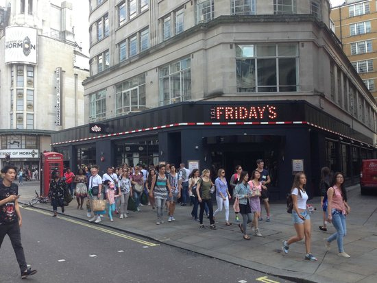 Piccadilly Circus : T.G.I. Friday's London