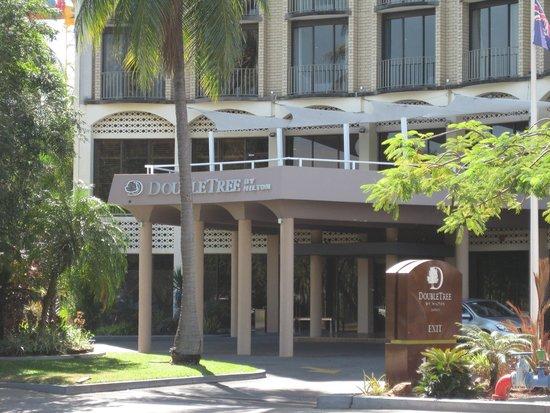 DoubleTree by Hilton Hotel Darwin: Entry
