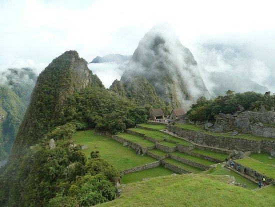 Santuario Histórico de Machu Picchu: tempo abrindo...