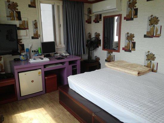 Pusan Inn Motel: 部屋内