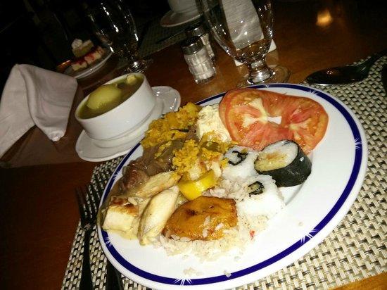 Melia Panama Canal: Muy buena cena, prueben las sopas!