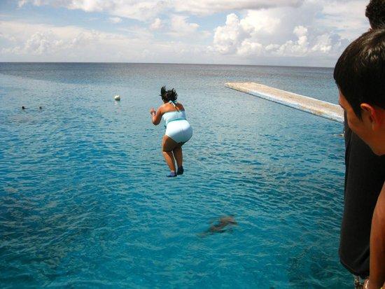 La Piscinita : Jump into the sea!