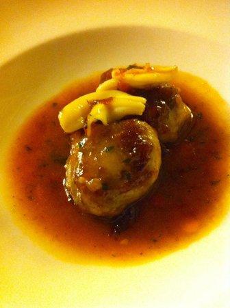 Restaurant Marangels: Manitas deshuesadas con salteado de espardenyas
