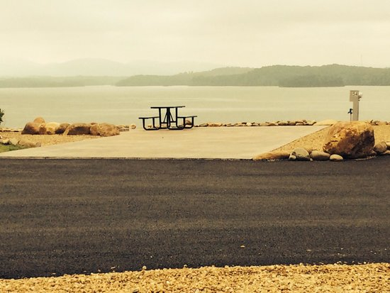 Anchor Down RV Resort: Douglas Lake
