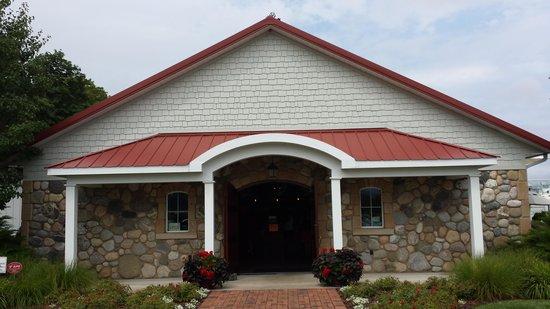 Brys Estate Vineyard & Winery : Entrance