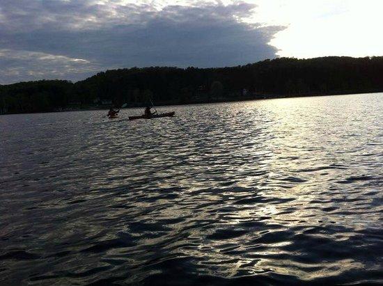 Algonquin Lakeside Inn : Me canoeing