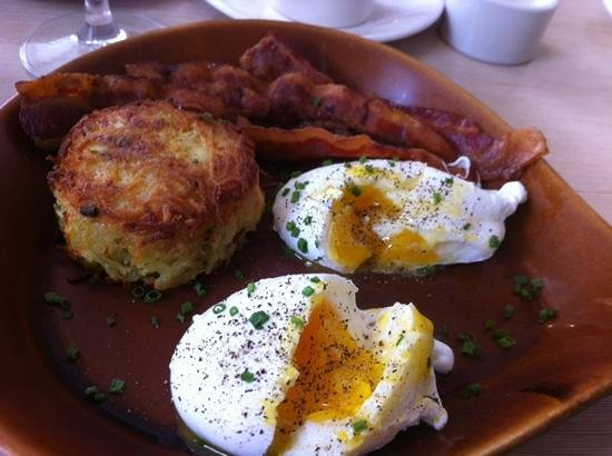 BRABO Restaurant: Breakfast poached eggs,perfect