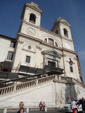 Trinità  dei Monti: fachada