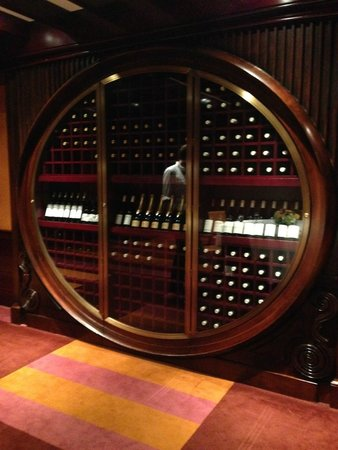 The Chatwal, A Luxury Collection Hotel, New York: Wine storage