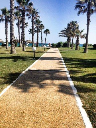 El Mouradi Beach : Passeggiata