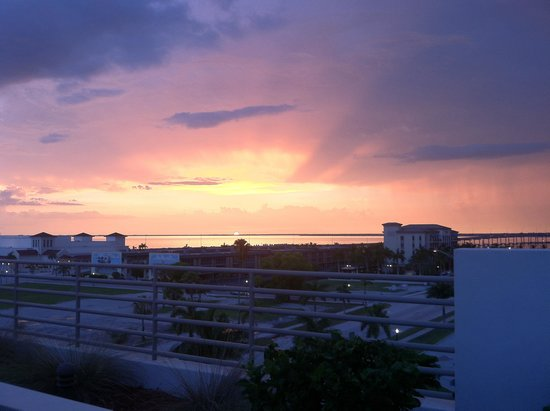 The Wyvern Hotel Punta Gorda: At the roof, watching the sunset