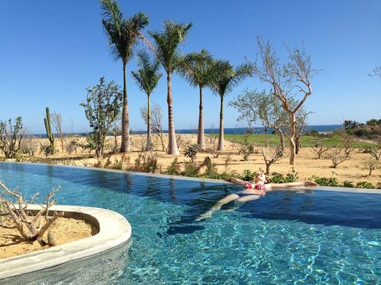 Secrets Puerto Los Cabos Golf & Spa Resort: Get the swim out!